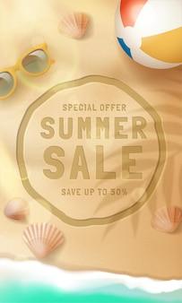 Realistyczna wyprzedaż hello summer sale z okularami przeciwsłonecznymi i piłką plażową