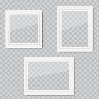 Realistyczne białe drewniane ramki na zdjęcia