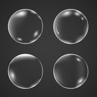 Realistyczne białe pęcherzyki powietrza z odbiciem na przezroczystym tle