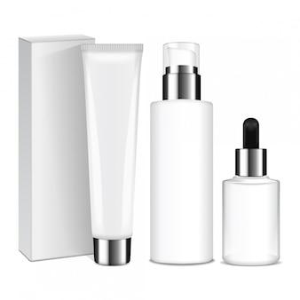 Realistyczne butelki kosmetyczne ze srebrnymi nakrętkami. pojemniki i tubki na krem, balsam, żel, balsam, krem podkładowy. ilustracja