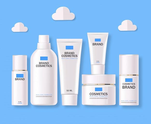 Realistyczne kosmetyki, niebieski, biały zestaw butelek, opakowanie, pielęgnacja skóry, krem nawilżający, toner, środek czyszczący, surowica, karta upiększająca, zabieg na twarz, pojemnik na białym tle