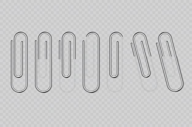 Realistyczne metalowe spinacze do papieru na przezroczystym tle. uchwyt na strony, segregator.