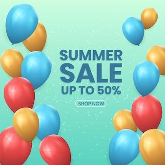 Realistyczne ozdobne balony letnie wyprzedaże ilustracji wektorowych. nadaje się do promocji produktu