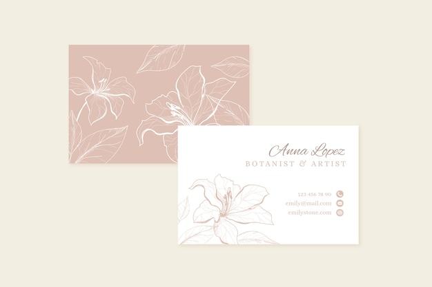 Realistyczne ręcznie rysowane kwiatowy wizytówki szablon