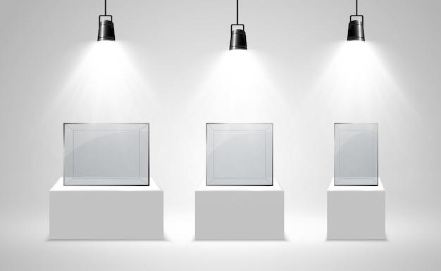 Realistyczne szklane pudełko lub pojemnik na białym stojaku.