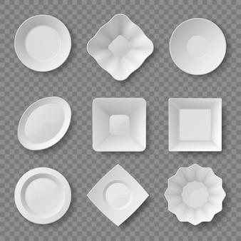 Realistyczne talerze z jedzeniem. puste białe okrągłe i kwadratowe naczynia i miski. makiety 3d widok z góry płyty ceramicznej. zestaw wektorów czystych naczyń kuchennych