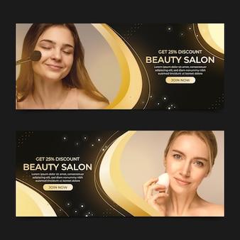 Realistyczne złote banery luksusowych salonów kosmetycznych