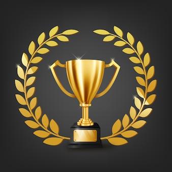 Realistyczne złote trofeum ze złotym wieńcem laurowym