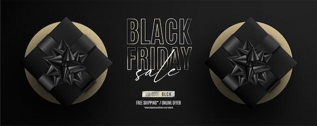 Realistyczny czarny piątek sprzedaż transparent z czarnymi prezentami