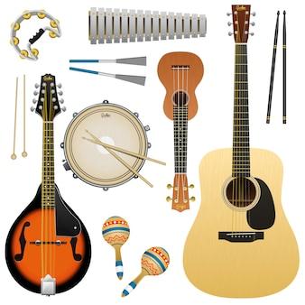 Realistyczny instrument muzyczny na białym tle, gitara akustyczna, ukulele, mandolina, werbel, marakasy, tamburyn