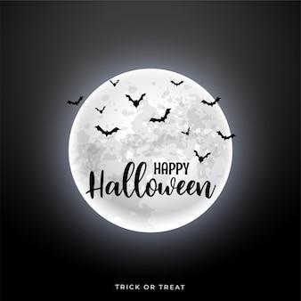 Realistyczny księżyc z latającymi nietoperzami w halloweenowej scenie