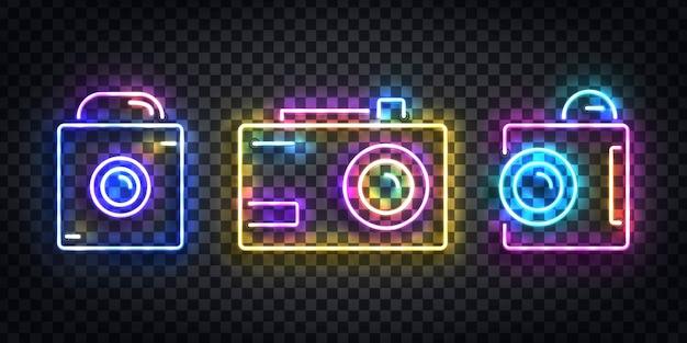 Realistyczny na białym tle neon znak logo aparatu do dekoracji szablonu na przezroczystym tle. pojęcie zawodu fotografa, studia filmowego i procesu twórczego.