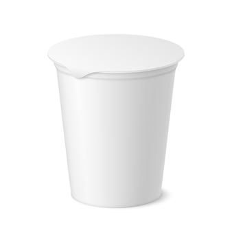 Realistyczny pakiet jogurtów, lodów lub kwaśnych kremów