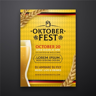 Realistyczny plakat oktoberfest ze szklanką piwa