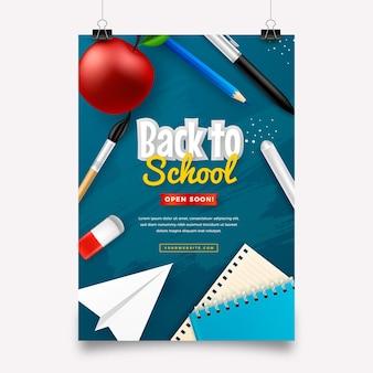 Realistyczny szablon ulotki pionowej z powrotem do szkoły