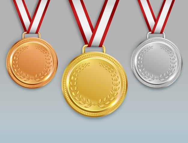 Realistyczny zestaw medalowy z wizerunkami złotych srebrnych i brązowych medali dla zwycięzców konkursu ze wstążkami