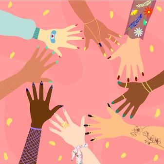 Ręce różnych ras i narodowości w kręgu. koncepcja różnorodności, integracji, stosunków międzynarodowych i przyjaźni kobiet. feministka.