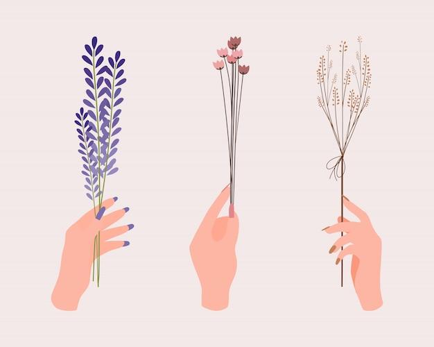 Ręce z kwiatami