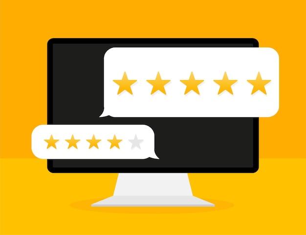 Recenzja klienta z ikoną złotej gwiazdy na ekranie laptopa