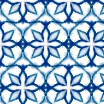 Ręcznie malowany wzór shibori