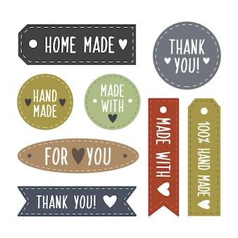 Ręcznie robione odznaki modowe i rzemieślnicze z różnymi napisami. ustaw ręcznie rysowane etykiety. ilustracja wektorowa