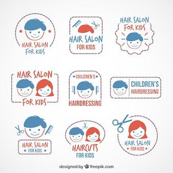 Ręcznie rysowane ładne dzieci fryzjerstwo logo ustawić