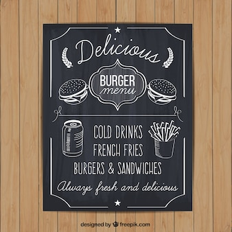 Ręcznie rysowane menu burger na tablicy