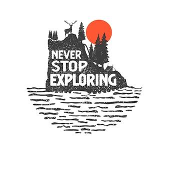 Ręcznie rysowane odznaka wilderness z górskiego krajobrazu i inspirujące napis