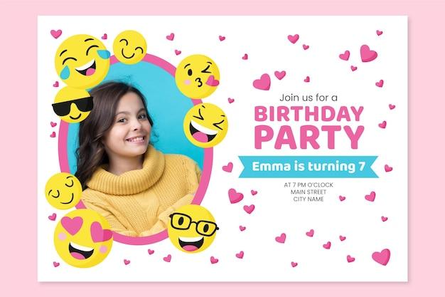 Ręcznie rysowane szablon zaproszenia urodzinowe emoji ze zdjęciem