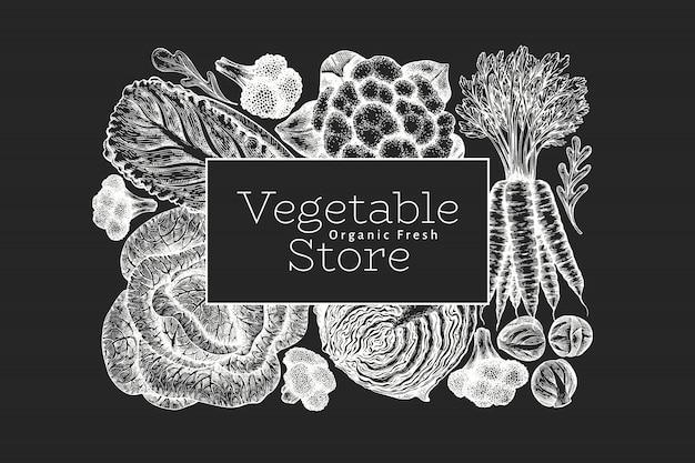 Ręcznie rysowane szkic projektu warzyw. szablon transparent wektor ekologicznej świeżej żywności. retro tło warzyw. ilustracje botaniczne w stylu grawerowanym na tablicy kredowej.