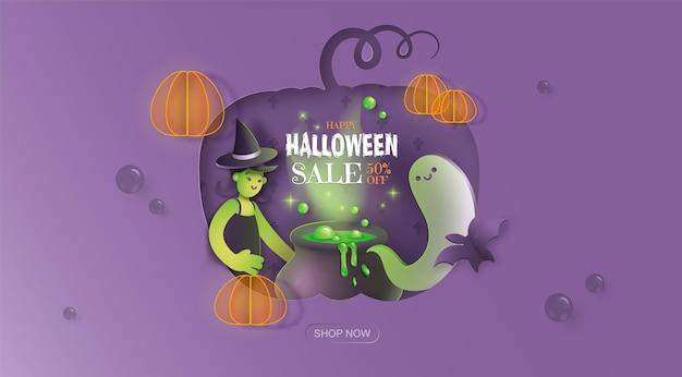 Ręcznie rysowane transparent promocji sprzedaży halloween fioletowe tło z duchem czarownicy i kociołkiem