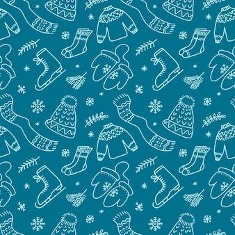 Ręcznie rysowane wzór z szalikiem merry christmas hat sates drzewa rękawiczki w stylu doodle