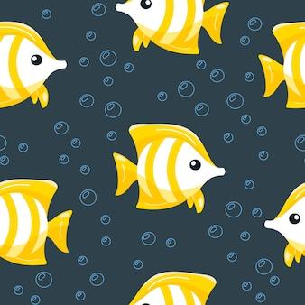 Ręcznie rysowane wzór z tropikalnej ryby z bąbelkami.