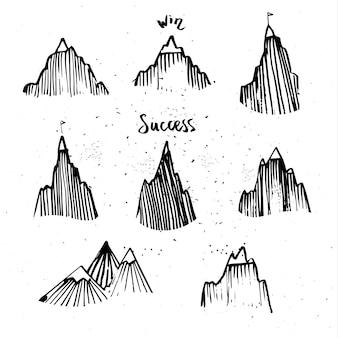 Ręcznie rysowane zestaw górski. pojęcie sukcesu.