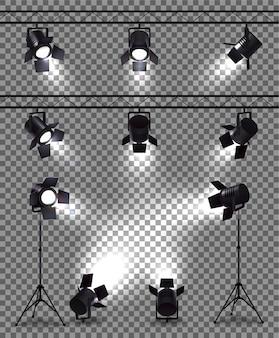 Reflektory ustawione z realistycznymi obrazami