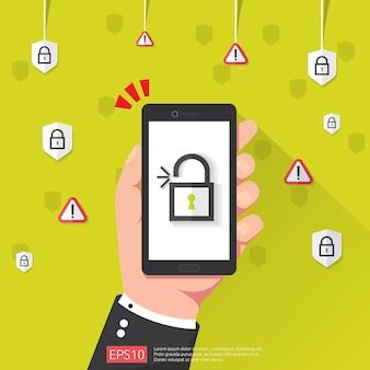 Ręka trzyma telefon z odblokować ikonę kłódki
