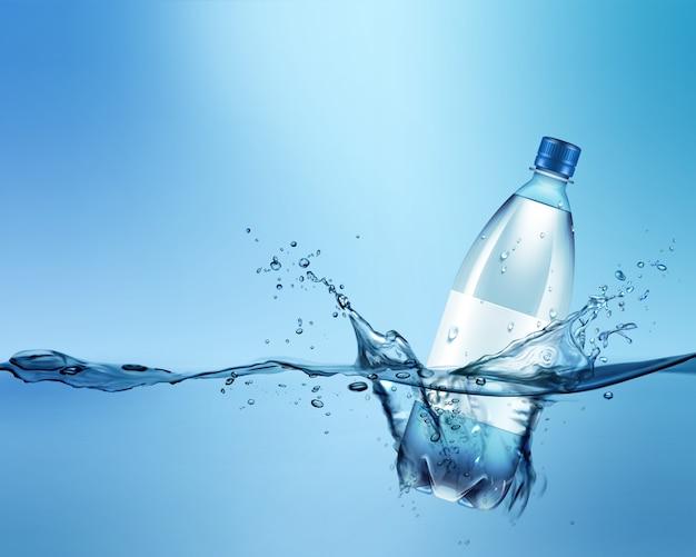 Reklamowa ilustracja plastikowej butelki w niebieskiej wodzie