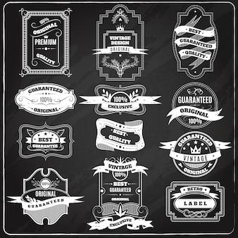 Retro emblematy ustawiają kredowego blackboard
