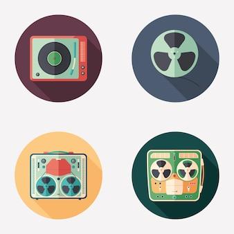 Retro multimedialne płaskie okrągłe zestaw ikon.