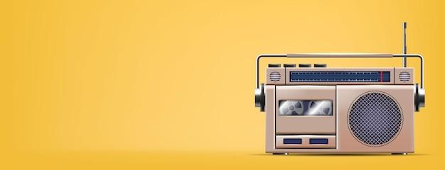 Retro radio na żółtym sztandarze