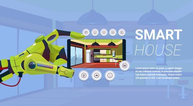 Robotyczna ręka trzyma smartphone z inteligentnego domu kontroli interfejs, nowoczesna technologia koncepcji automatyki domowej