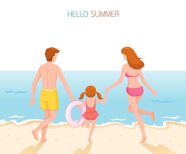 Rodzic i córka w strojach kąpielowych z bieganiem na plecach i trzymającymi się razem za ręce do morza