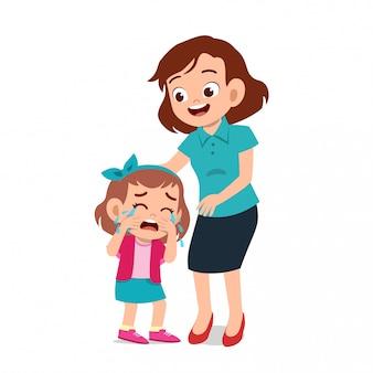 Rodzic z dzieckiem płacze