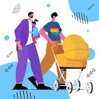 Rodzina gejów spacerująca z noworodkiem w wózku ojcowskim ojcostwo transpłciowe miłość koncepcja społeczności lgbt