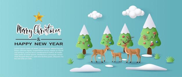 Rodzina jeleni idzie przez las na początku zimy.