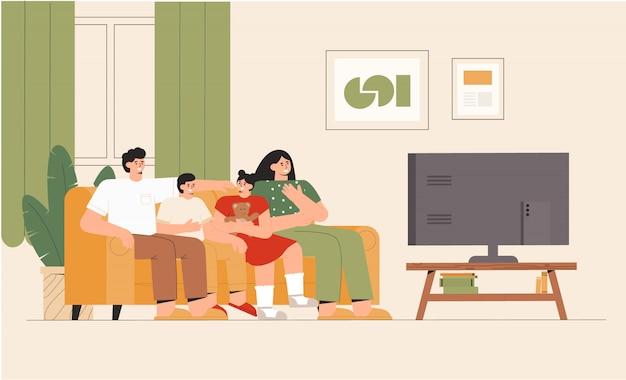 Rodzina z dziećmi siedzi na kanapie i ogląda wiadomości telewizyjne w domu w przytulnym pokoju. szok treści, negatywne wiadomości.