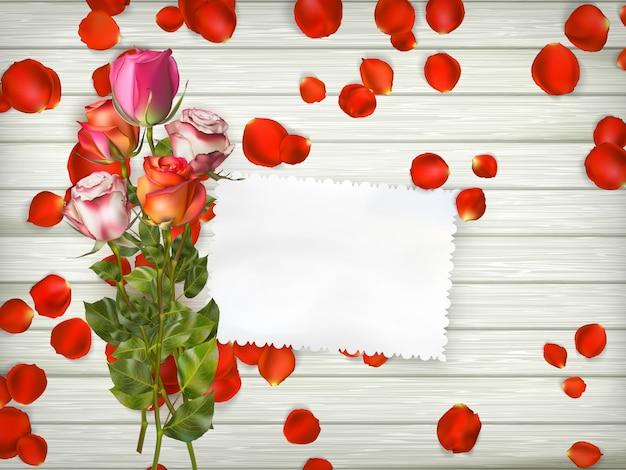 Róże na podłoże drewniane.
