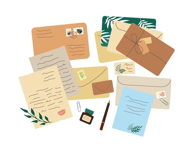 Różne koperty, listy, tusz, wieczne pióro