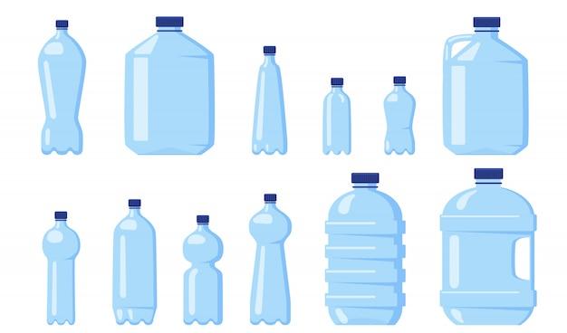 Różne plastikowe butelki z wodą