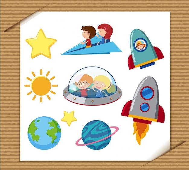 Różne rocketships i dzieci jazdy na samolocie